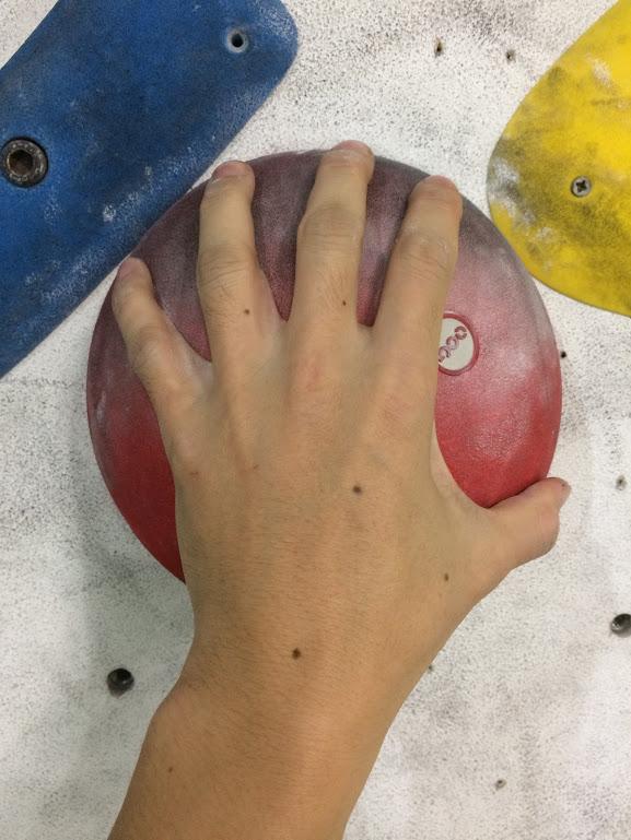 ボルダリングってやっぱり握力強いほうがいいよね?【答え→握力関係ないです】